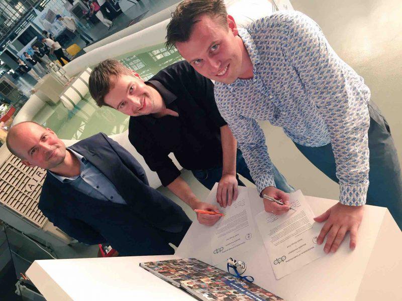 MoU signing Wetskills-DutchDesignPost